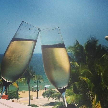 Sea Club Resort: Toast to the view from our window