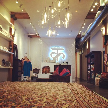 Kaarigar Handicrafts Inc.: Handmade Home Decor and Gifts