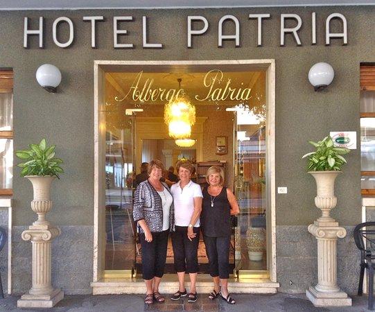 Hotel Patria: Entrance to Hotel
