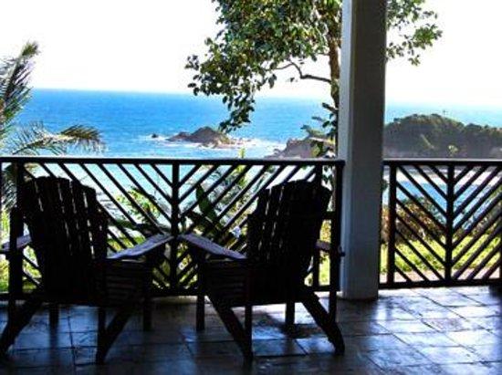 Calibishie Cove : Rainforest Suite - Balcony - Oceanviews