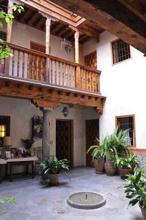 Santa Isabel la Real : le patio