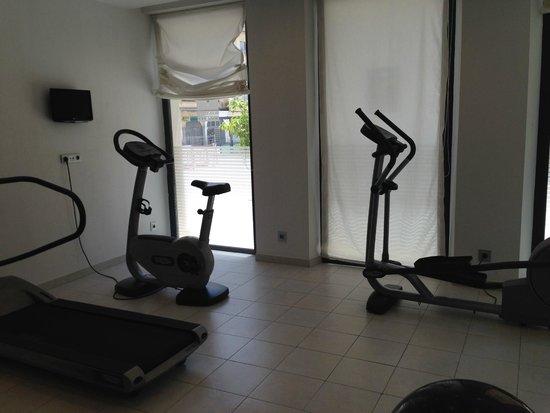 Vincci Seleccion Posada del Patio: Small gym