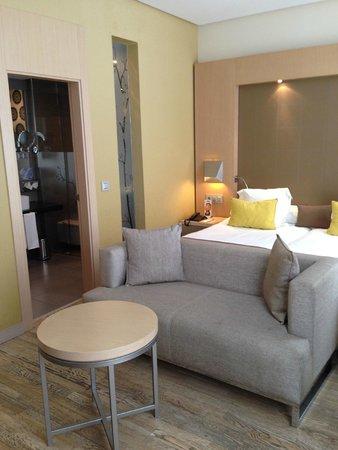Vincci Seleccion Posada del Patio: Room - very well appointed