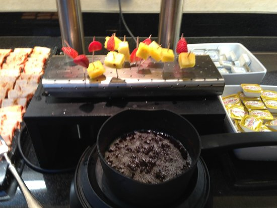 Vincci Seleccion Posada del Patio : Breakfast - 'molten' chocolate!