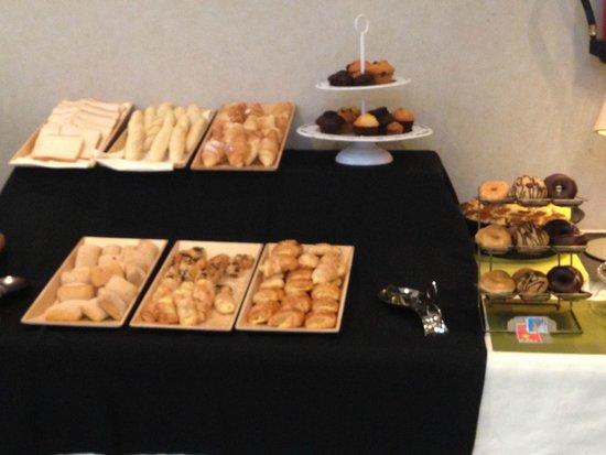 Vincci Seleccion Posada del Patio : Breakfast buffet