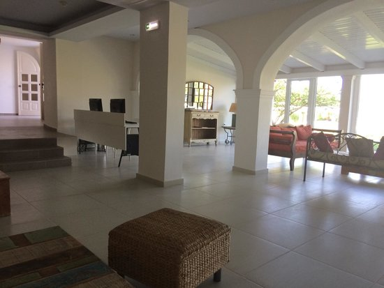 Sirocco Hotel: Lounge