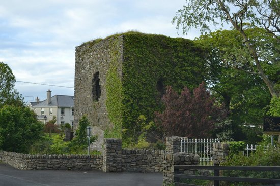 Old Castle House: The ruins on the grounds of the Norman castle of the Knights of Glin