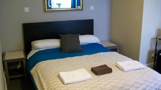 Hotel 261: Double Room