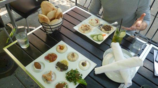 Lebanese Taverna: Trio Hummus and Chef's Sampler