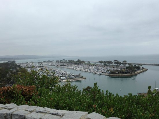 Blue Lantern Inn - A Four Sisters Inn: View of Harbor from hotel common deck area