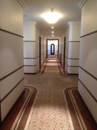 Terra Nostra Garden Hotel: les jolies coursives du paquebot Terra Nostra