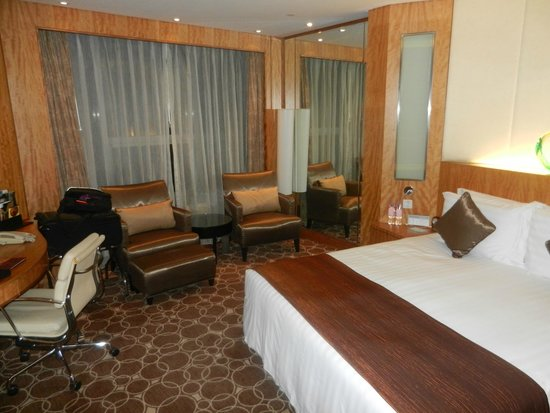 Marco Polo Shenzhen: Great Room Aesthetics!