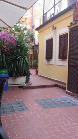 Casa Campo de' Fiori : Sun Terrace in main building
