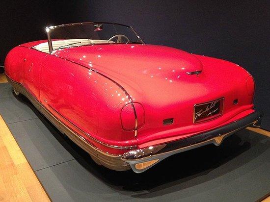 High Museum of Art: Thunderbolt