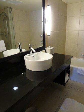 Hotel Nikko San Francisco: Banheiro