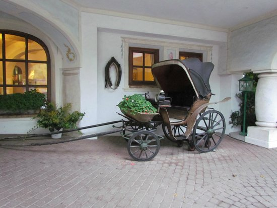 Hotel Trattlerhof: Карета