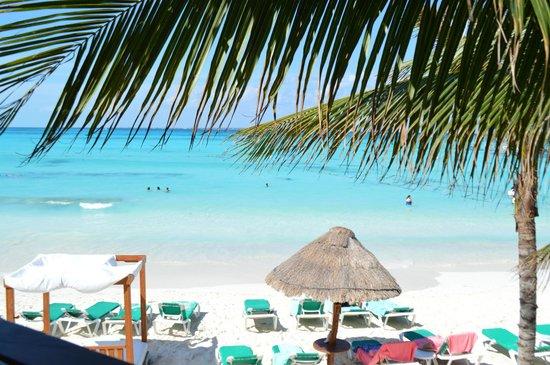 Grand Fiesta Americana Coral Beach Cancun : My favorite shade of blue