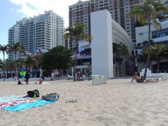 Marriott's BeachPlace Towers: HOTEL Y PLAYA