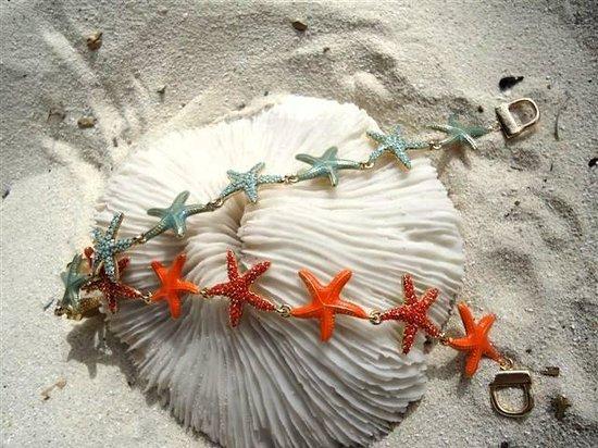 The Juggling Fish: Beach-inspired jewelry