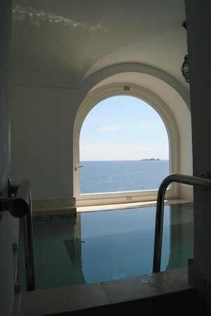 Hotel Marincanto: The room's pool!