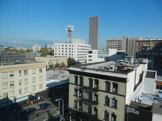 Mark Spencer Hotel: Great 'roof top' views of the City from our room!