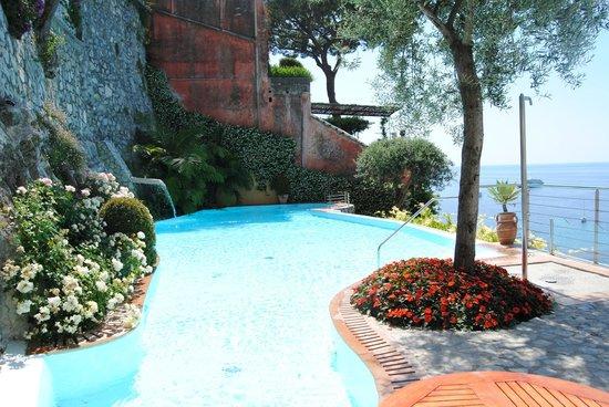 Hotel Marincanto: Infinity Pool (very well kept with Johnny...he is amazing!)