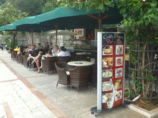 Hotel Perla: Herceg Novi, Do-Do Coffe with the best ice cream