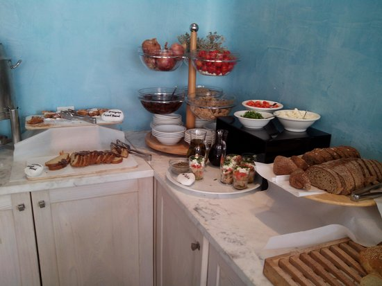 Aressana Spa Hotel and Suites: breakfast