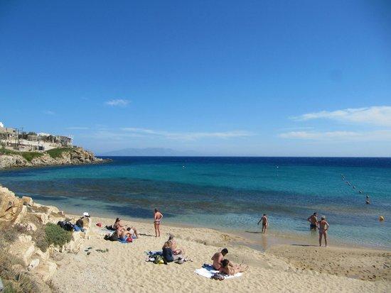 Paradise Beach: água azul e fria