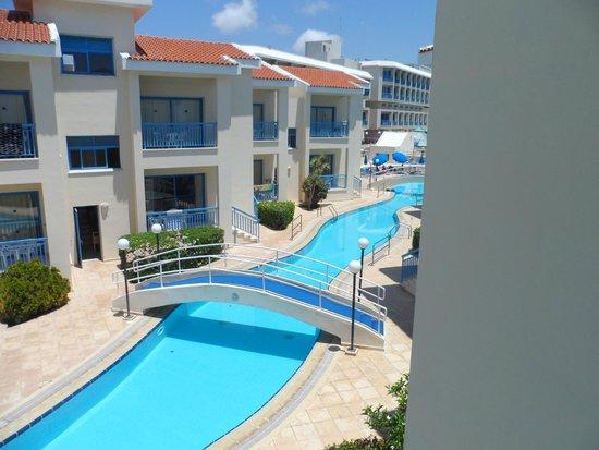 Kissos Hotel: View from balcony
