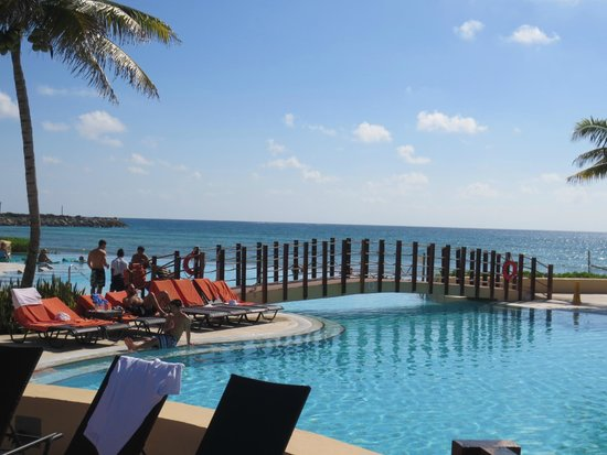 Now Jade Riviera Cancun : Never ending paradise...