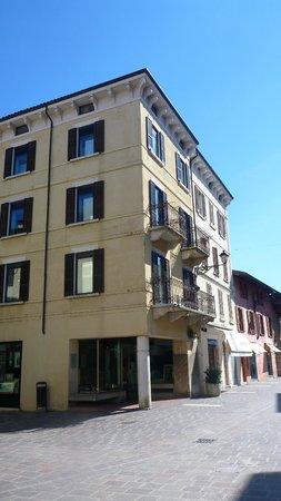 Galleria Zacchi - la Cornice