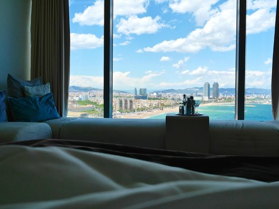 W Barcelona : View from room 1408 (from the bed)