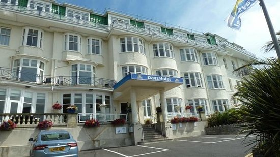 Marsham Court Hotel: Day's Hotel front