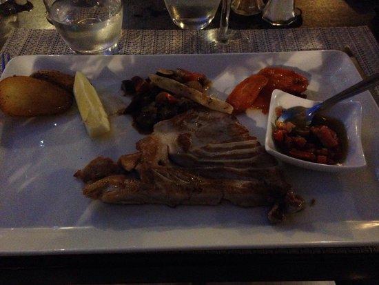 Restaurant Cote Place: Le succulent pavé de thon mi-cuit