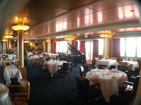 SS Rotterdam: Smoking room (no smoking nowadays!)