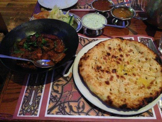 Tayyabs: Curry dish with sweet Nan bread