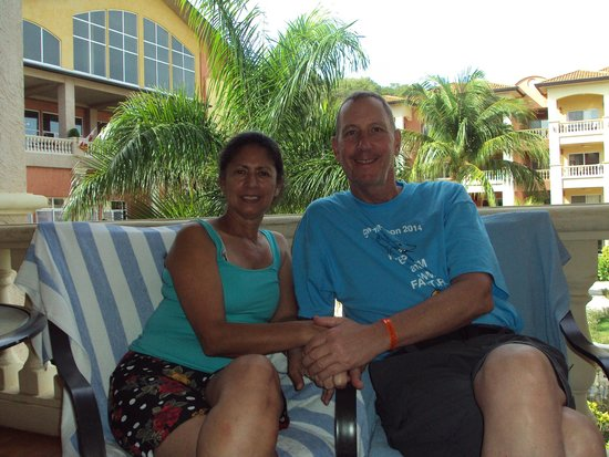 Infinity Bay Spa and Beach Resort: relaxing on the patio