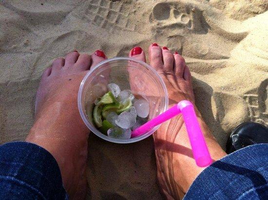 Africa Jade Thalasso: Caipi am Strand