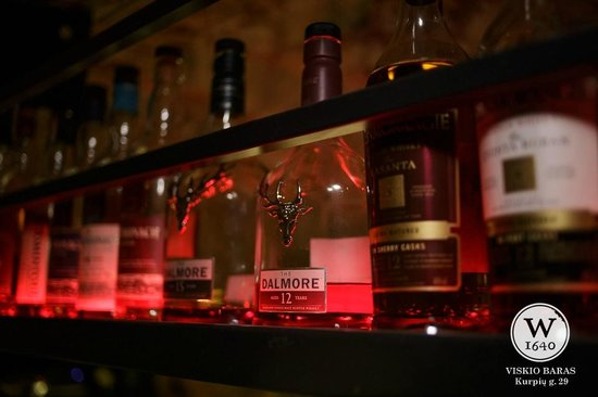 Whisky Bar - W1640: Selection
