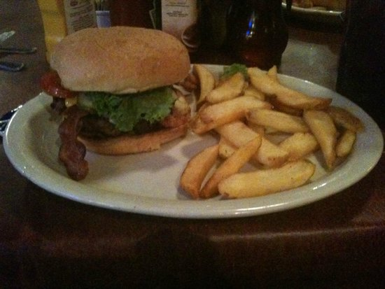 Colton's Steak House & Grill: Bacon Cheeseburger