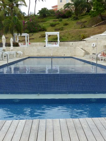 BodyHoliday Saint Lucia : The new infinity pool