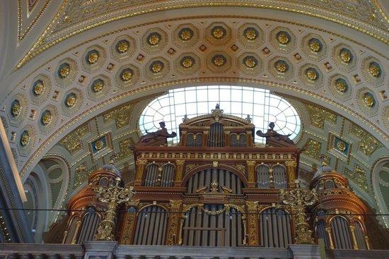St. Stephen's Basilica (Szent Istvan Bazilika): Cathedral organ