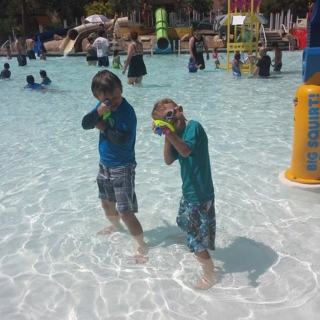 Ravine Waterpark: Water Fun At The RAVINE!