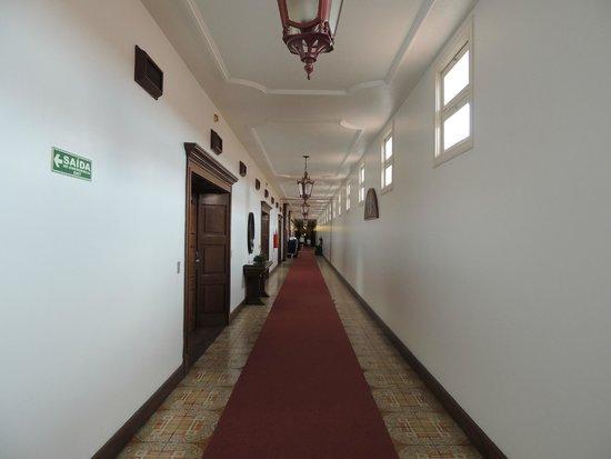 Tropical Manaus Ecoresort : Longos corredores