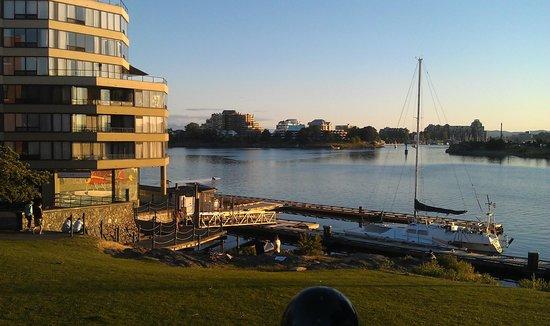 Victoria Regent Hotel : View of Victoria Regent north side