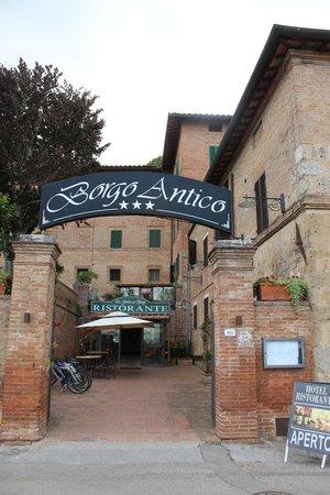 Borgo Antico : Entrée de l'hôtel
