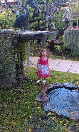 Thavorn Palm Beach Resort: Доня в саду