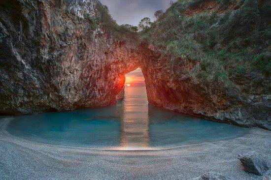 San Nicola Arcella, Italië: La spiaggia dell Arcomagno