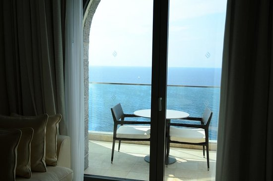 Jumeirah Port Soller Hotel & Spa: Beautiful view obscured by jumeirah logos everywhere